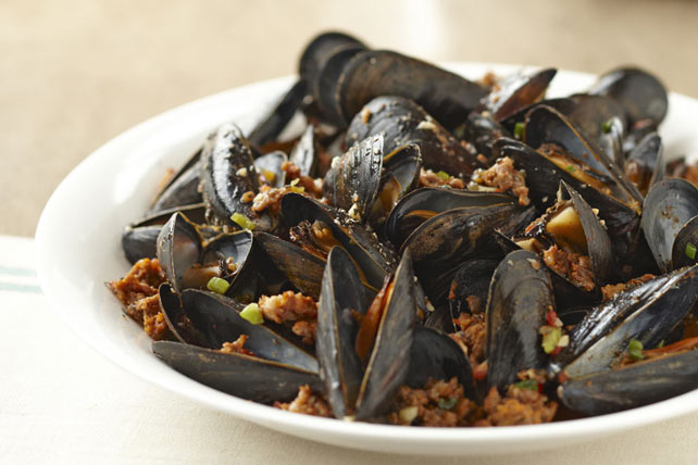 Mussels with Italian Sausage Image 1
