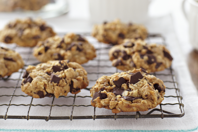 Peanut Butter-Oatmeal Chocolate Chunk Cookies Image 1
