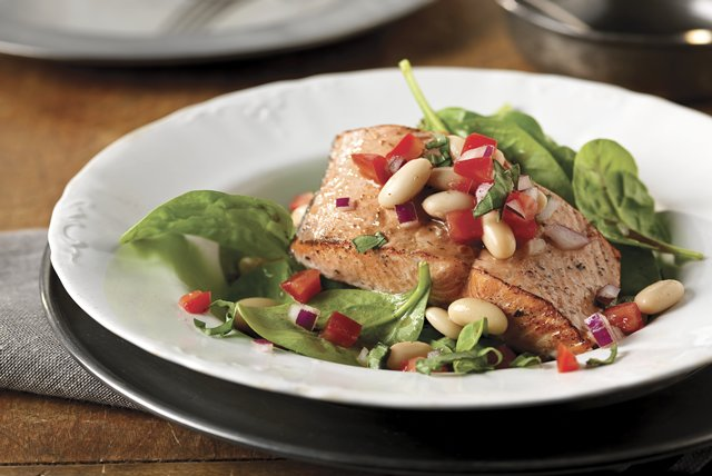 Salmon & White Bean Salad Image 1