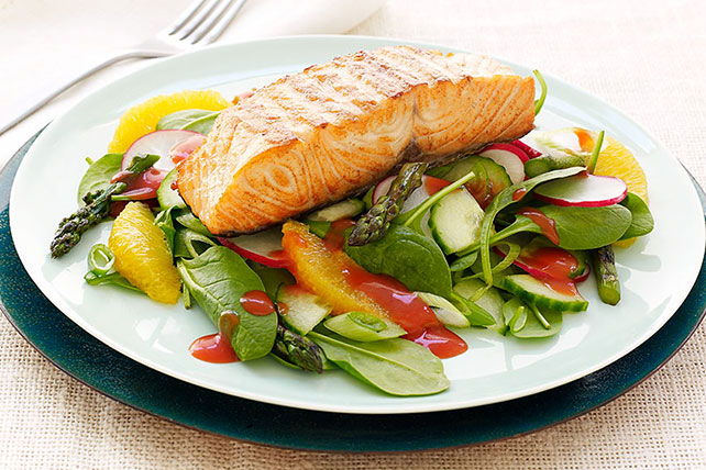 CATALINA Grilled Salmon Salad Recipe Image 1