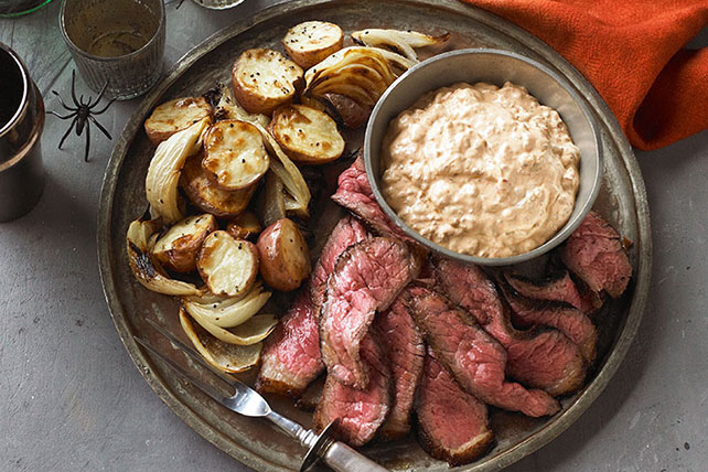Spiced Steak with Roasted Potatoes & Onions Image 1