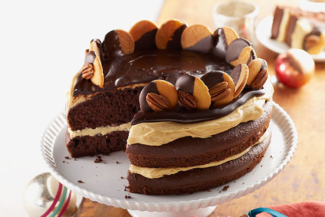 Easy Homemade Chocolate Turtle Cake: Kraft Recipes