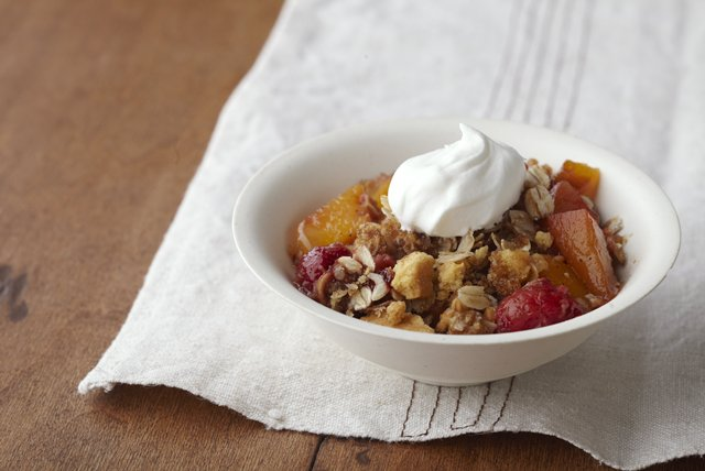 Peach & Raspberry Crisp Image 1