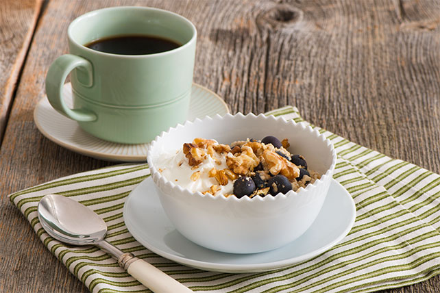 Blueberry-Walnut Oatmeal Recipe Image 1
