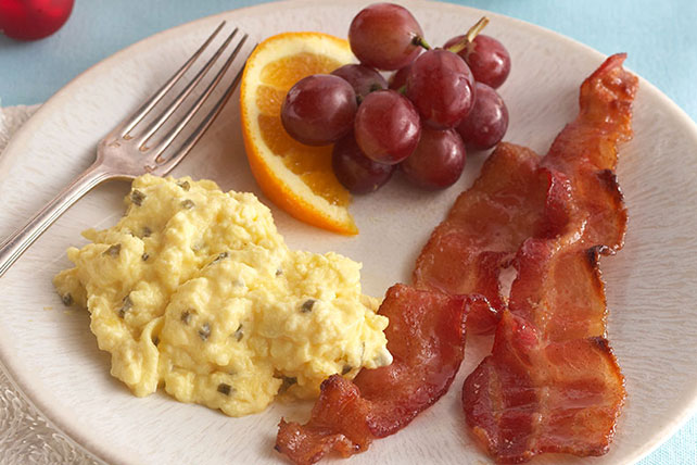 Creamy Scrambled Eggs with Brown-Sugared Bacon Image 1