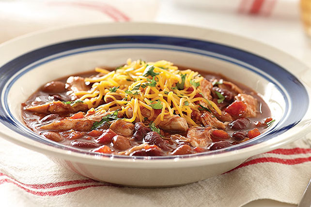 15-Minute Chicken Chili Image 1