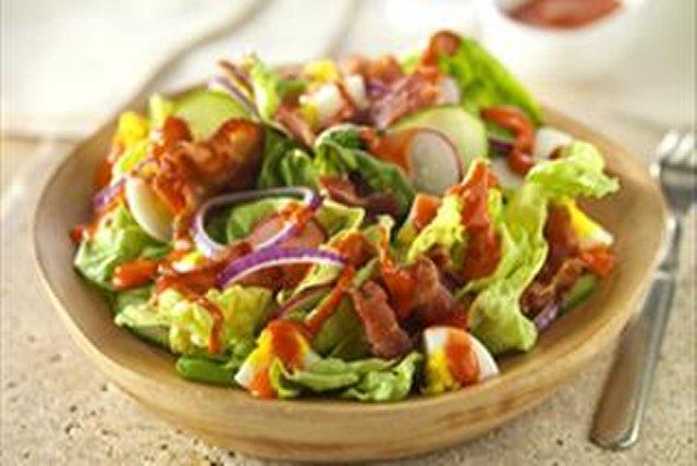 Classic Creamy CATALINA  Salad Image 1