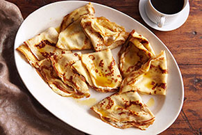 Creamy Filled Crêpes Suzette