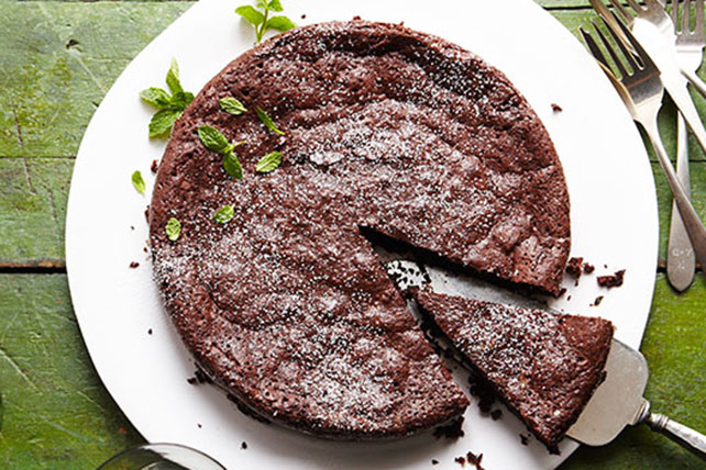 Flourless Chocolate-Mint Cake Image 1