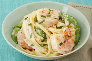 Creamy Garlic & Herb Shrimp Linguine