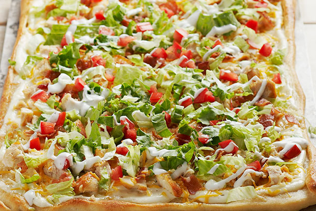 Chicken Club Pizza Image 1