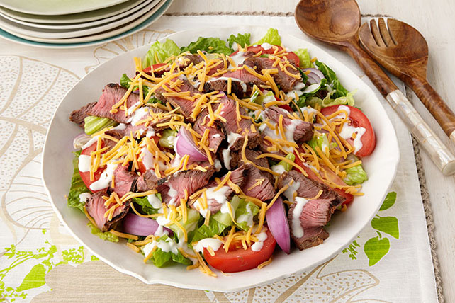 Steakhouse Salad Image 1