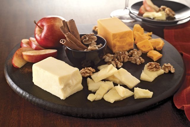 Cinnamon, Apple & Cheddar Cheese Board Image 1