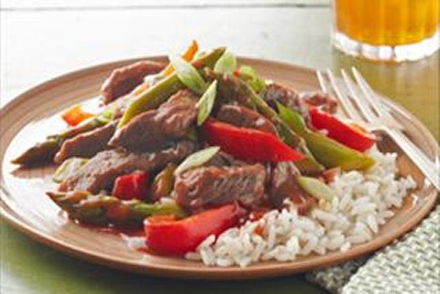 Sauté de bœuf et d'asperges Image 1