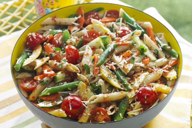 veggie salad pasta toss recipe kraft canada. Black Bedroom Furniture Sets. Home Design Ideas