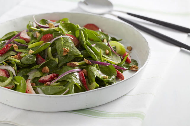 Double-Berry Spinach Salad Image 1