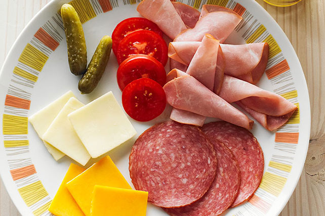 377108 additionally Cold Cuts 249 also Pizza Pasta Salad 200135rb additionally Info Oscar Mayer Salami Hard together with Ham slices nutrition facts. on oscar mayer hard salami nutrition
