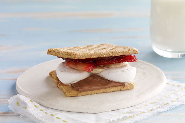 Strawberry-Banana S'Mores Image 1
