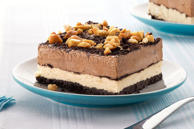 Peanut-Chocolate Mud Pie Squares Image 1