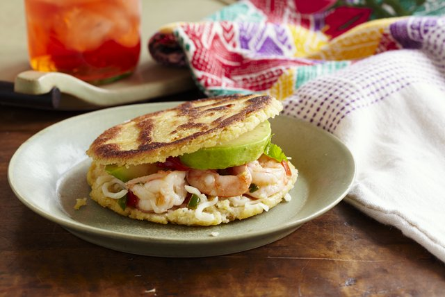Shrimp-Stuffed Arepas - Kraft Recipes