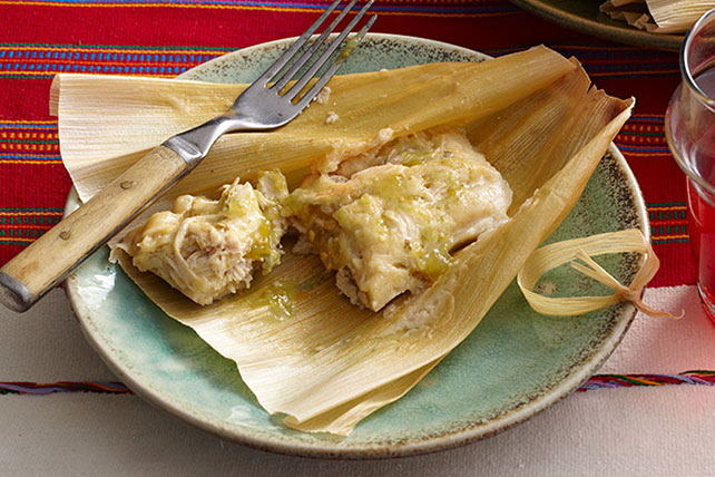 Green Tamales with Chicken Image 1