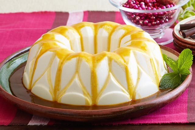 Creamy Gelatin with Passion Fruit Sauce
