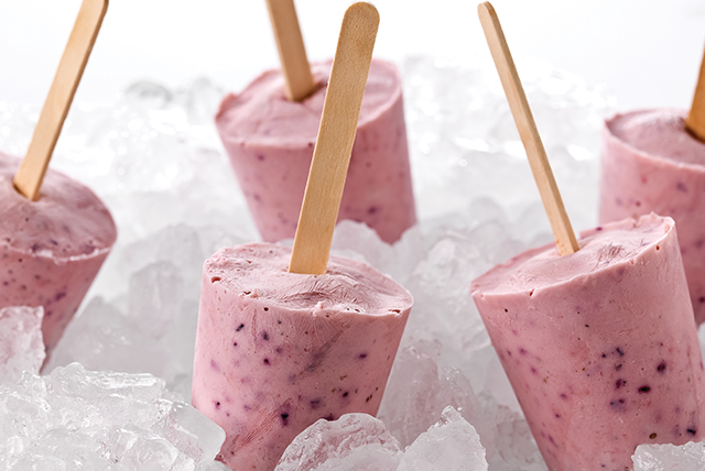 banana-berry-yogurt-pops-125786 Image 1