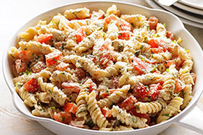 Rotini with Fresh Tomatoes and Basil