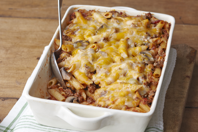 Cheesy Pasta Bake Image 1