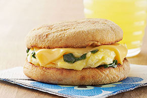 On-the-Go Cheesy Spinach Scramble