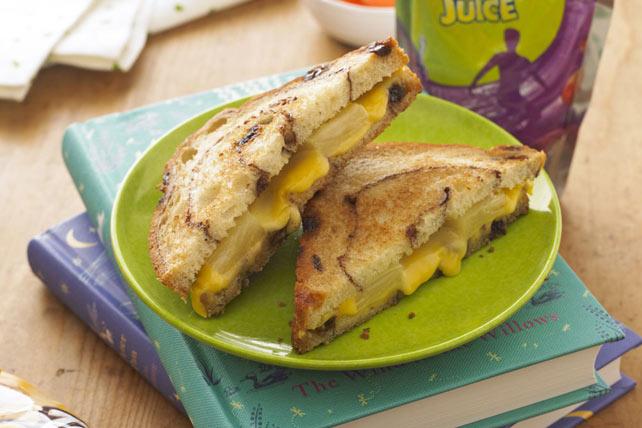 Sandwich au fromage fondant et à l'ananas  Image 1