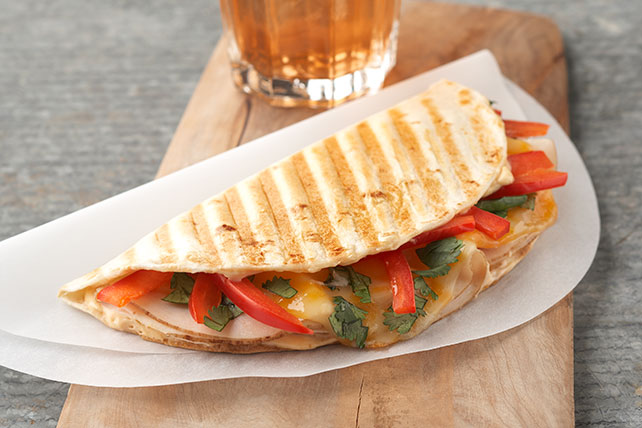 Panini de pollo, chipotle y queso Image 1