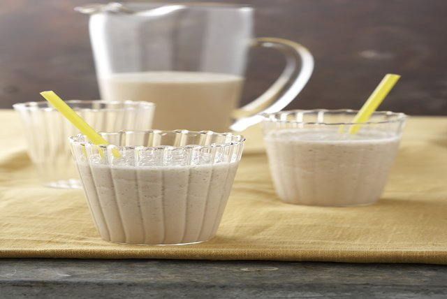 Oatmeal-Banana Shake Recipe Image 1
