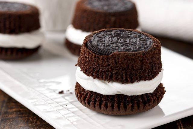 Oreo Birthday Cupcakes Image 1