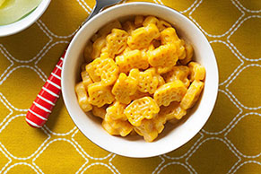Kid's Favorite Macaroni & Cheese Lunch
