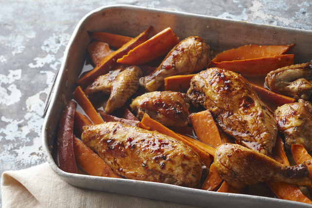 One Pan Baked Chicken Amp Sweet Potatoes Recipe Kraft Canada