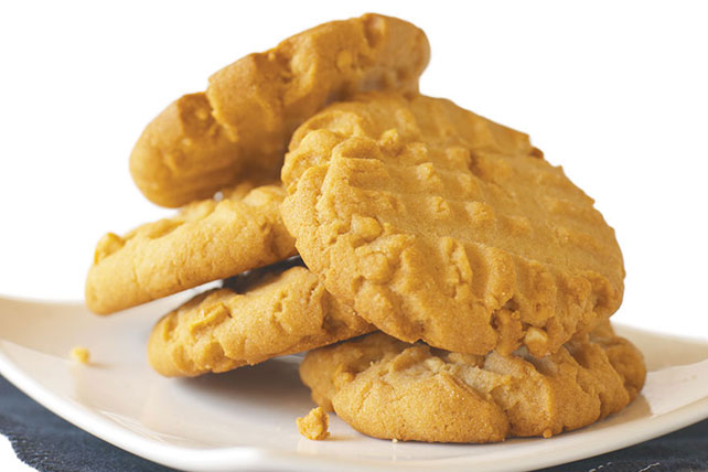 Old-Fashioned Peanut Butter Cookies Image 1