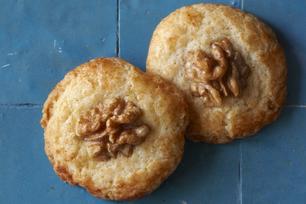 Biscuits aux noix de Grenoble