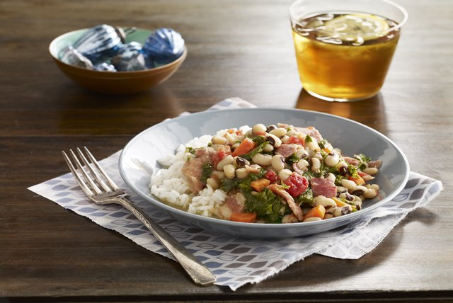 Slow-Cooker Black-Eyed Peas Image 1