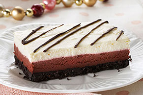 Louisiana Red Velvet Cheesecake Bars
