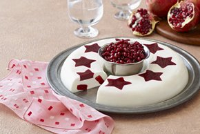 Vanilla Cream with Pomegranate-Raspberry Stars
