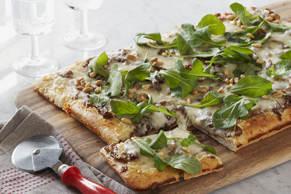 Caramelized Onion & Arugula Pizza