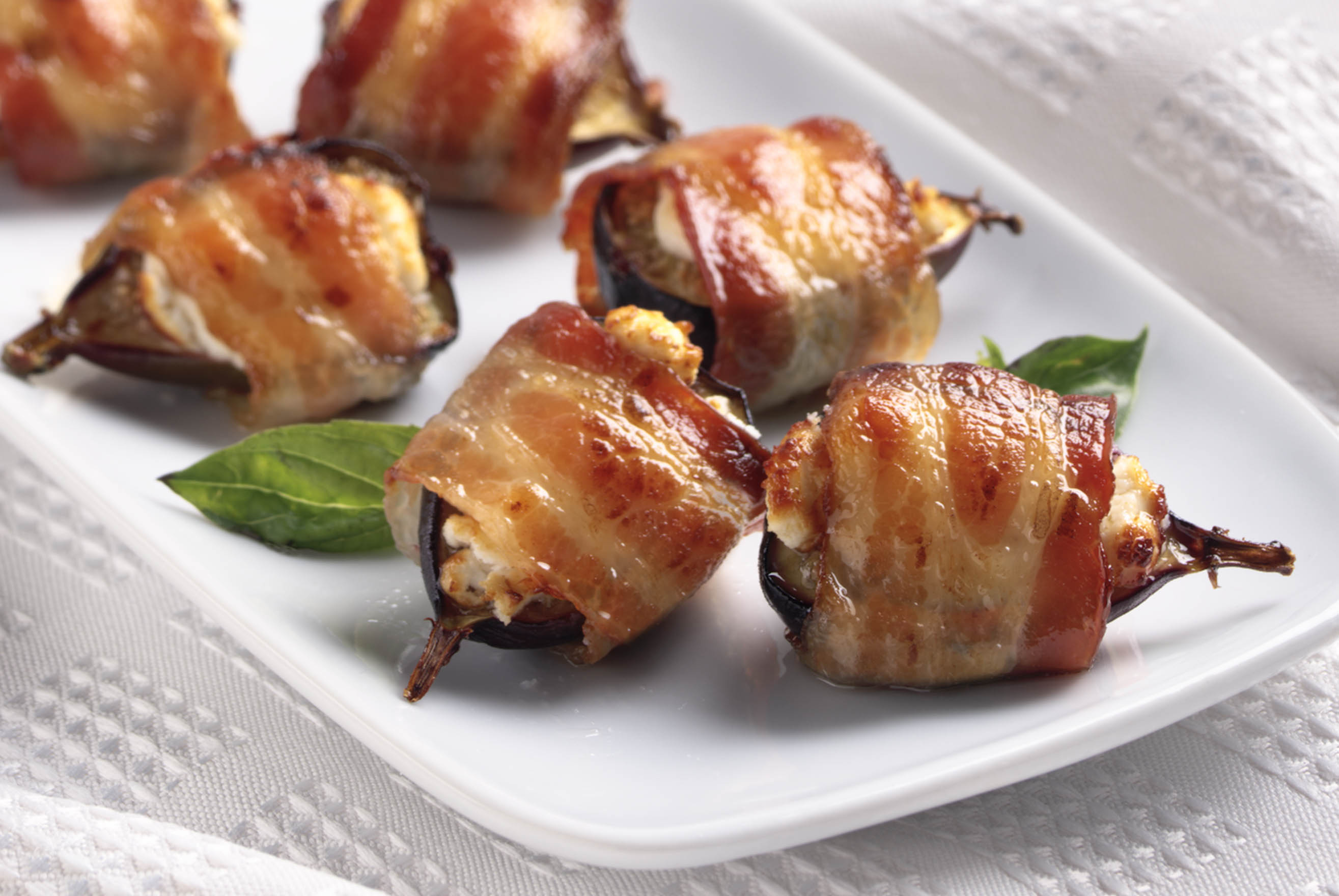 Bacon Wrapped Figs 129360 on oscar mayer select sausage