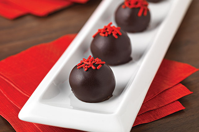 Red Velvet Cookie Balls Image 1