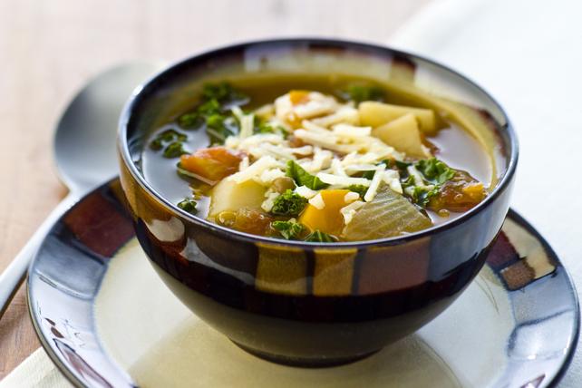Soupe aux lentilles et au chou frisé épicée Image 1