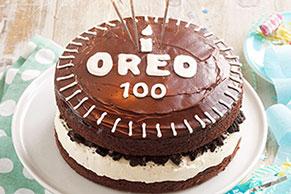 Chocolatísimo pastel OREO conmemorativo