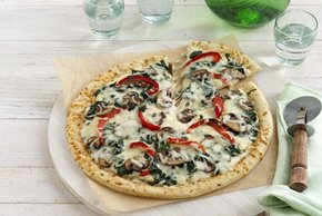 Easy Alfredo and Vegetable Pizza