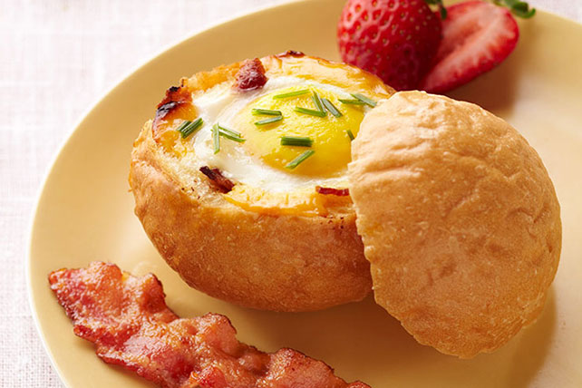 Cheesy Egg-in-a-Bowl Image 1