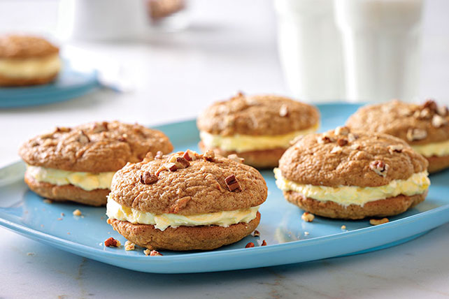 Carrot Cake Whoopie Pies Image 1