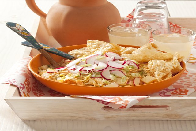 Spicy Chicken Salad with Crispy Pork Skins Image 1